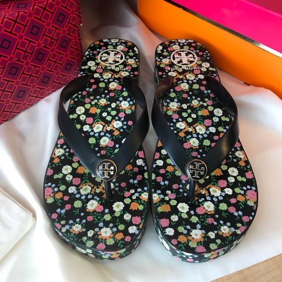 869ef8723a607 Tory Burch Shoes - Tory Burch Wedge Flip Flop Black floral - size 9